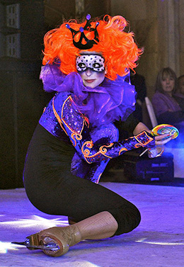 Delice_show_join_the_circus_260-2